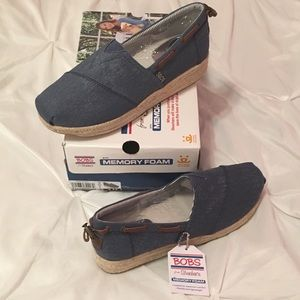 BOBS from sketchers wedged espadrille shoes